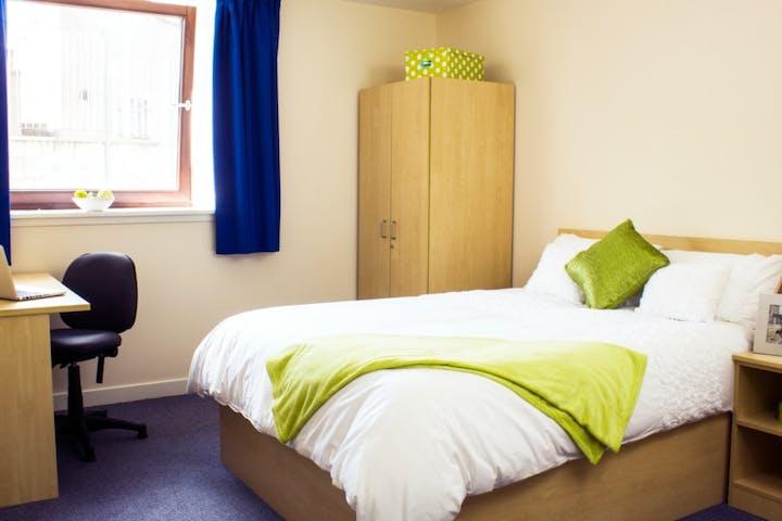 bedroom-comp
