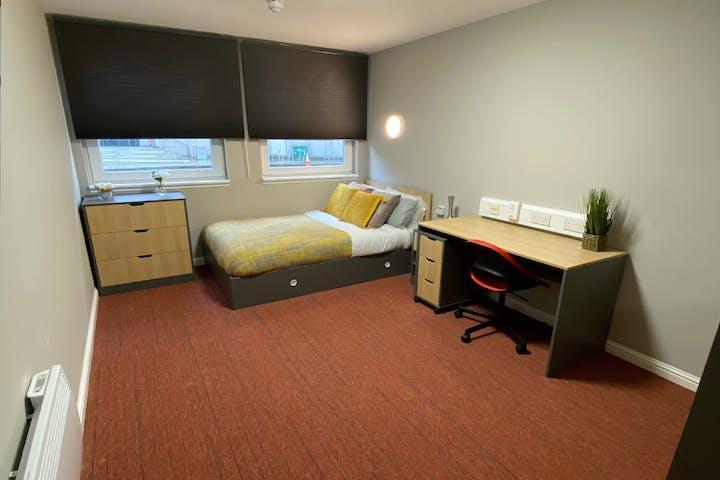 student-accommodation-edinburgh-8-roxburgh-standard (1)