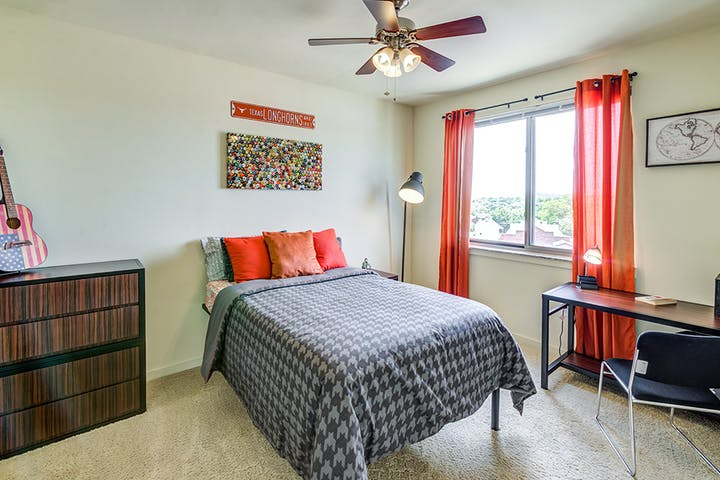 The Venue on Guadalupe-Furnished Private Bedrooms