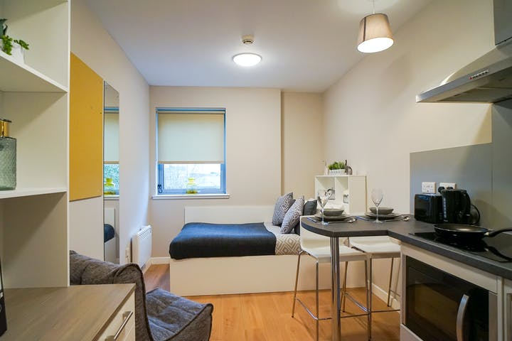student-accommodation-stirling-centro-house-classic-studio (1)