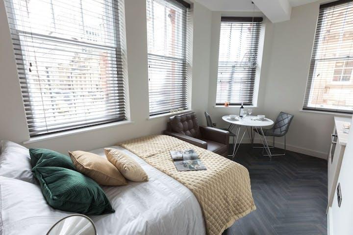 King_Studio_Compact_bedroom