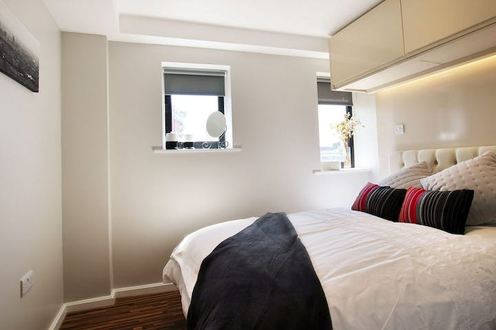 90-princess-st-2-bed-compact-4