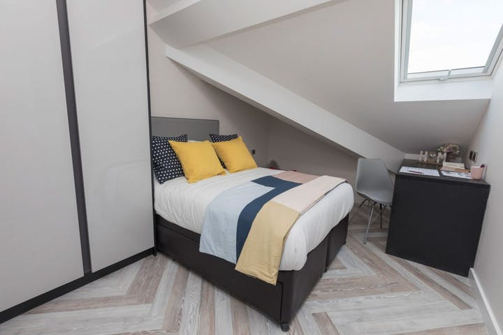 3_Bed_Apartment_Medium_341_GWS_Bedroom