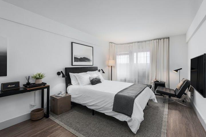 Montclair-6P-Bedroom-1-1500x1000