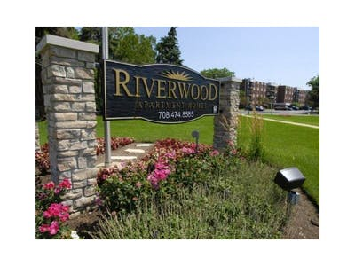 Riverwood Apartment Homes