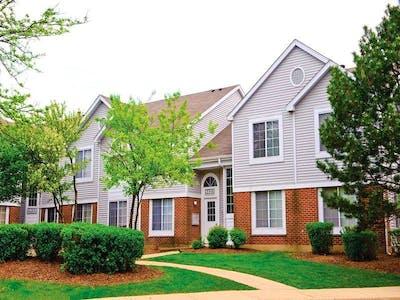 Savannah Trace Apartments