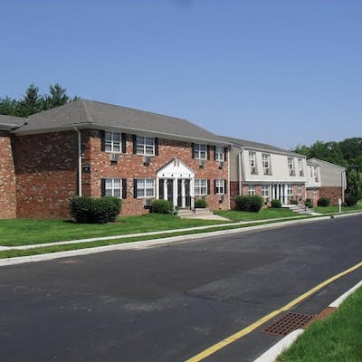 Student Housing And Accommodations In South Plainfield United States